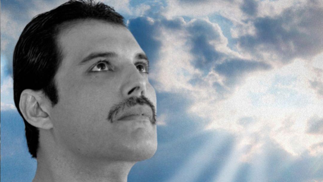 Une prestation jamais vue, rendue publique — Freddie Mercury